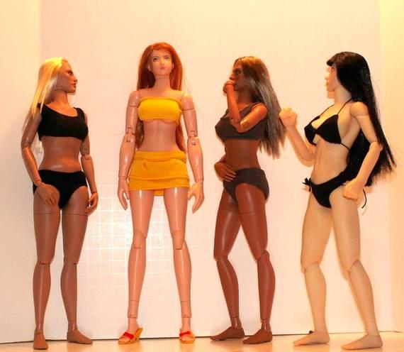 Hot Toys TrueType Females: Caucasian & Cuban-American - Updated 9/4/13! 08f26476ebe325560db43742e3f47786b81e9df0_r